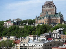 Fairmont Le Château Frontenac overlooks Québec