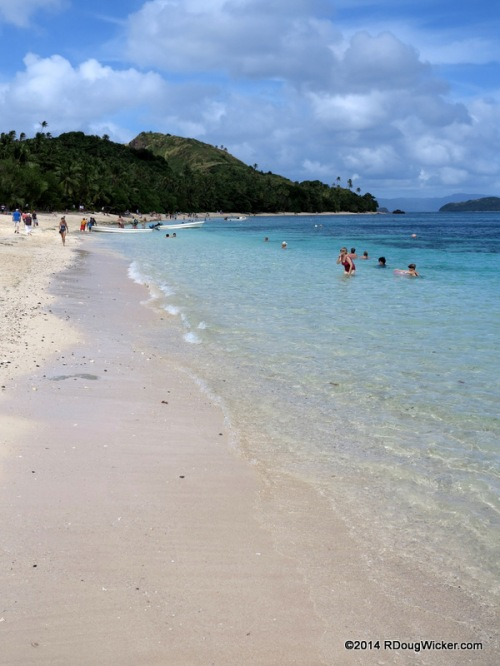 A Dravuni Beach