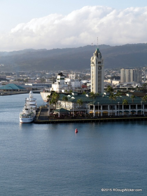 Pier 9 and Aloha Tower