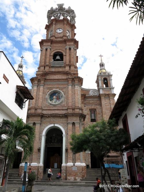 Hidalgo Street entrance