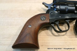 Wood grips with Sturm Ruger crest