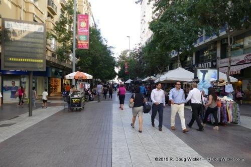 The pedestrianized portion of Calle Huérfanos
