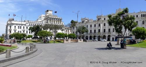 Plaza San Martin panorama