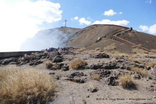 Approaching the Masaya Volcano crater