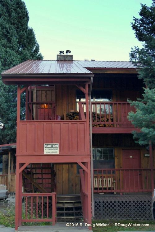 Riverside Lodge & Cabins — Our elevated corner room