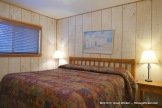 Riverside Lodge & Cabins bedroom 1