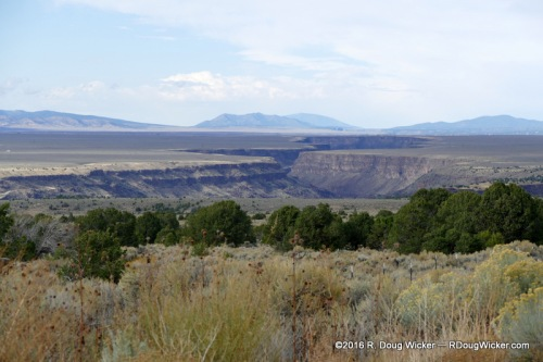 Late after noon at the Rio Grande Gorge