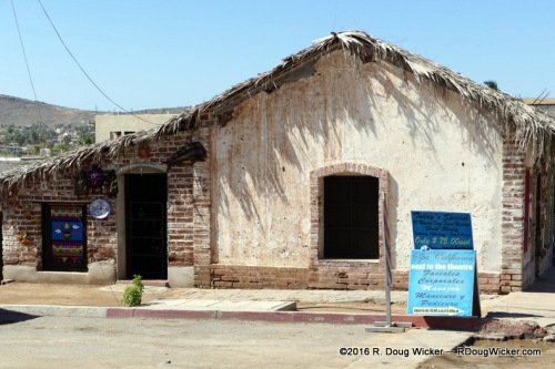 Todos Santos crafts shop