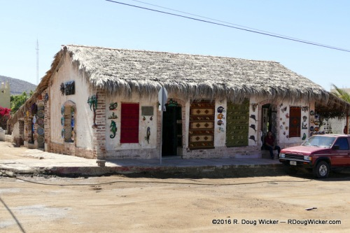 Todos Santos arts and crafts store