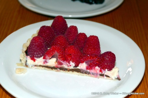 Raspberry-covered dulche la leche torte