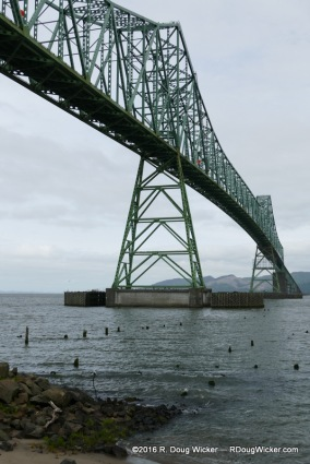 Bridging the Columbia River
