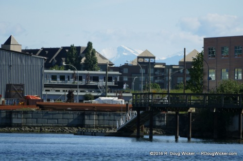 Looking beyond to the Cascade Mountains