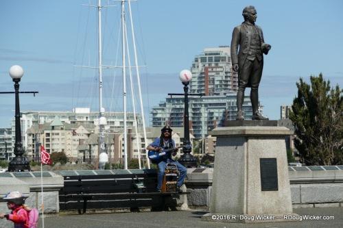 Captain James Cook gets serenaded